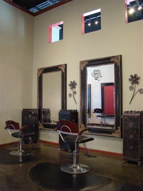 The Upper Hand Salon: Royal Oaks - Houston, TX