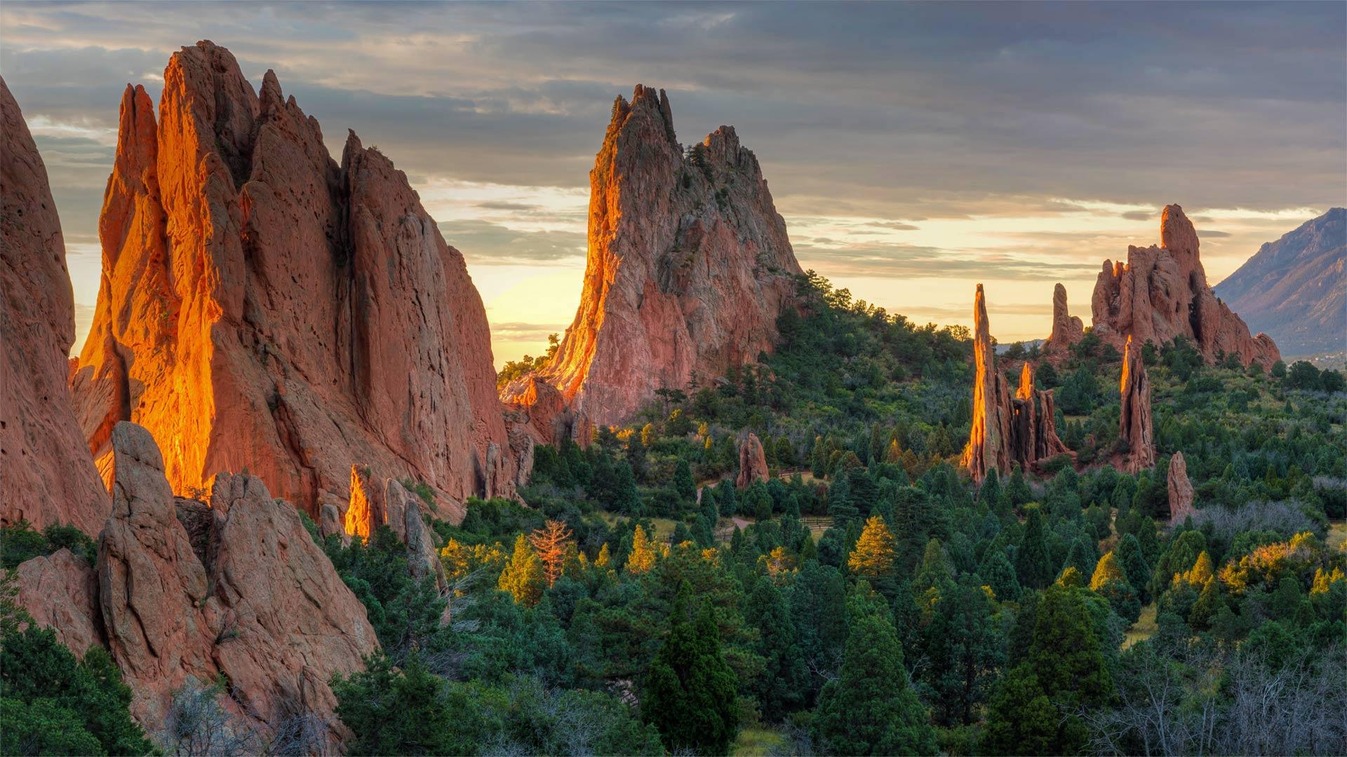 「ガーデン・オブ・ゴッズ」米国コロラド州, コロラドスプリングス (© lightphoto/iStock/Getty Images)