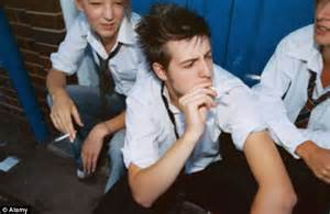 youth boys that smoke swf picture 14