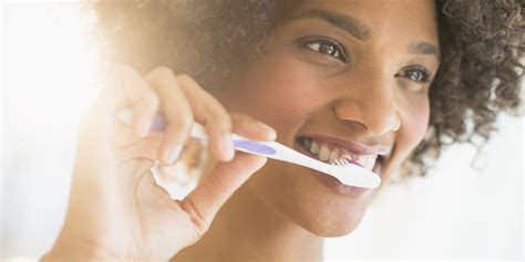 brush teeth picture 7