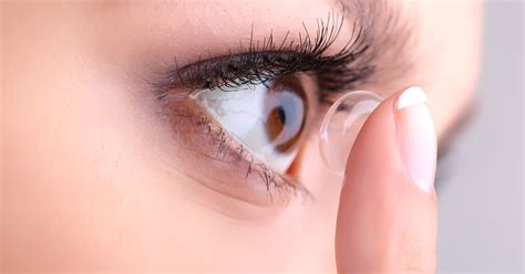 contact lens picture 2