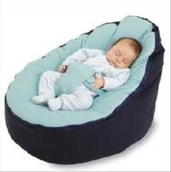 can babies sleep with a pillow picture 13