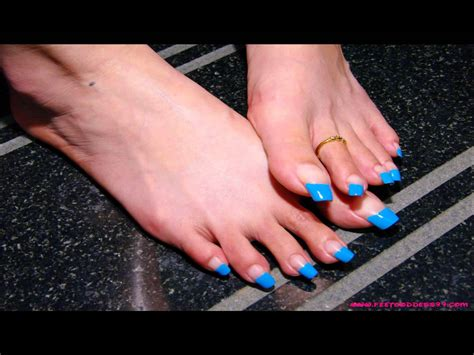 long toes pics picture 2