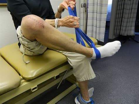 when do knee joint replacements get revised picture 13
