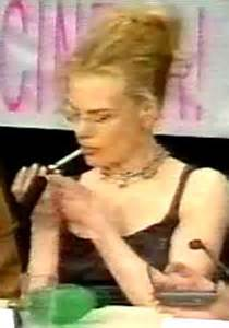 does kidman smoke picture 1