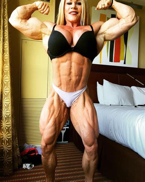 saradas bodybuilding picture 7
