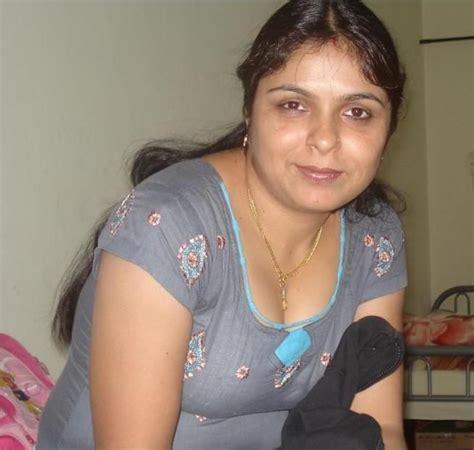 chudasi sexy housewife ka contact no in varanasi picture 6