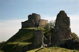 ancient castle naturism picture 2