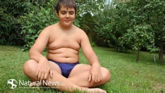 bbw stomach sitting picture 19