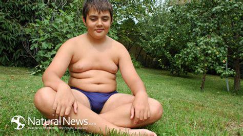 bbw stomach sitting boy picture 1