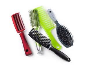 cleaning hair combs picture 10