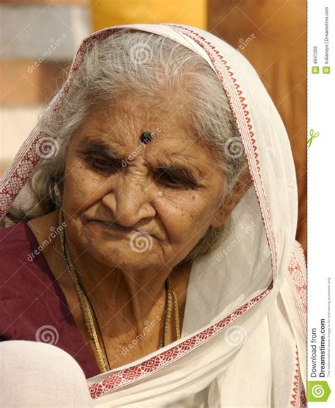indian old women picture 14