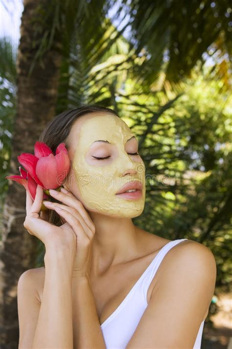 herbal mask powder picture 10