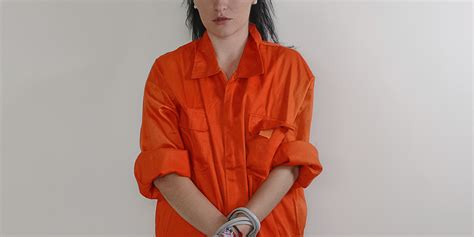 female guards male inmates picture 2