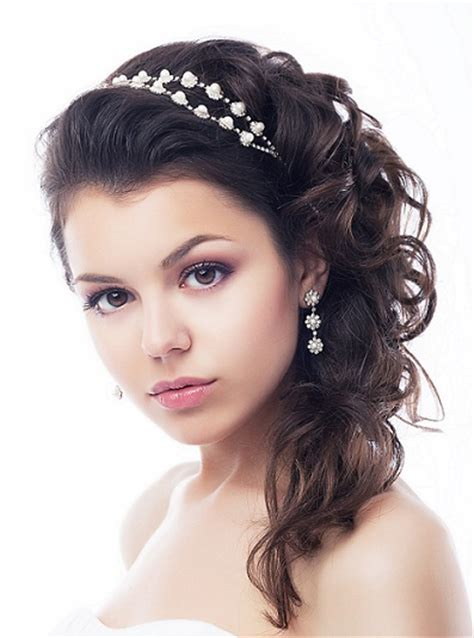 prom hairstyles medium length hair picture 7