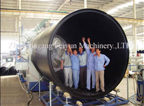 draining a huge long pipe picture 11