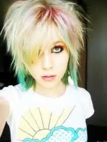 Girlsshort emo hair picture 6