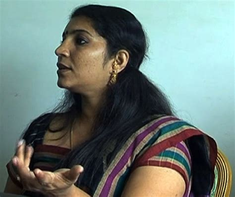 indian aunties mms scandal online picture 6