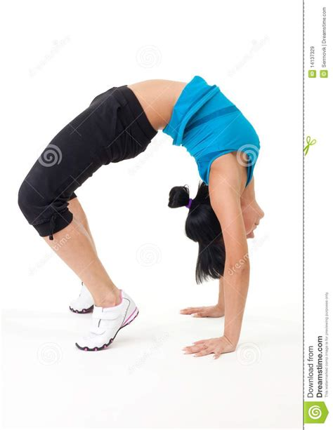 woman holding to stretch bladder picture 6