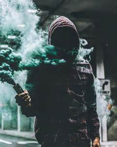 smoke bomb picture 6