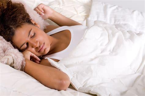 women found sleeping picture 1