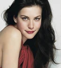does black hairplement pale skin picture 7