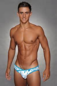 men to men hot m age in hadapsar picture 17