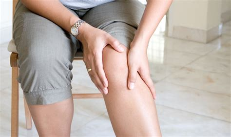 what causes pain in knees picture 14