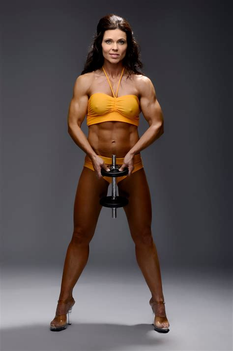 models with muscle picture 15