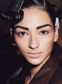 hair and eyebrow black women picture 9