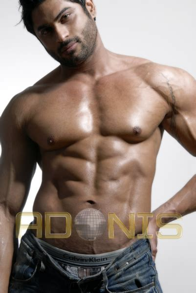 andres akumal muscle hunk picture 1