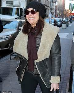 does rachel ray smoke cigarettes picture 3