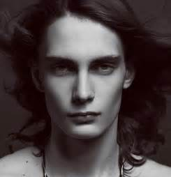 male models with long hair picture 11
