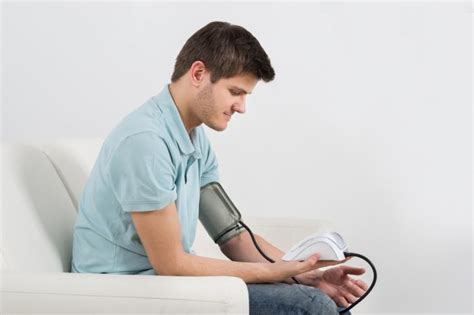 young mens blood pressure picture 1