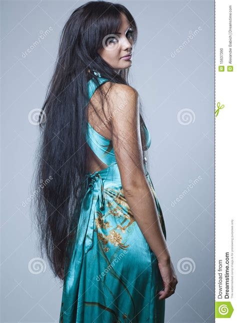 dark hair long legs picture 19