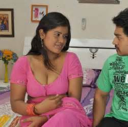free beautiful face saree big boob south indian picture 14