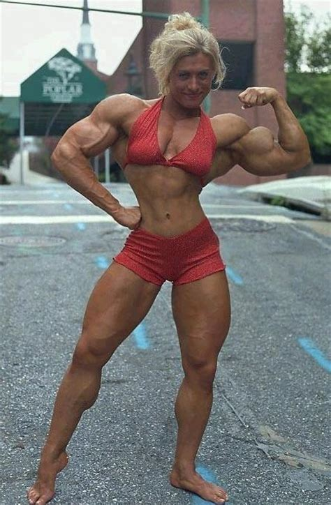 female bodybuilder with slim guy picture 7