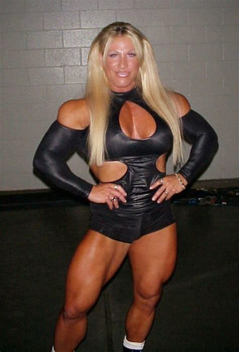 female bodybuilders who wrestle picture 2