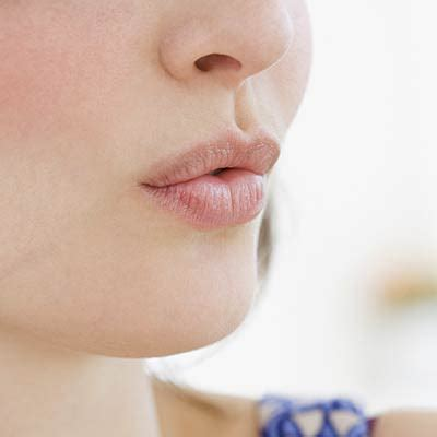 Cholesterol on lips picture 10