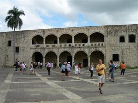plaza de recreo cristobal colon pics picture 8