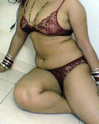 desi moti saree aunty xnxx page list com picture 10