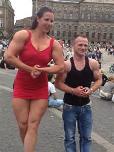 extremely muscular women picture 13