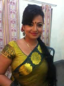 desi saree aunty smoking picture 15