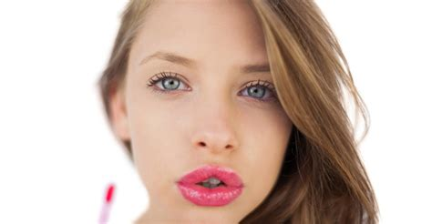 plump lips naturally picture 6