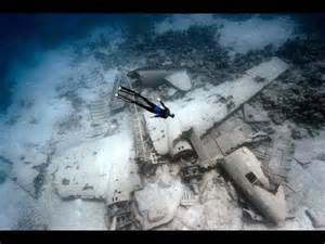 real debris field malaysia airlines picture 6