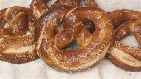yeast dough pretzels picture 13