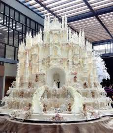 castle cake that looks like penis picture 6