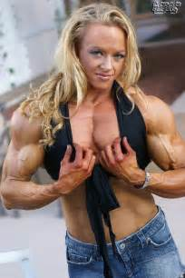 big muscle women picture 2