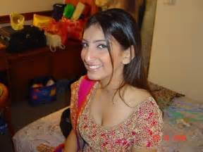 paki desi hot y mujra picture 3