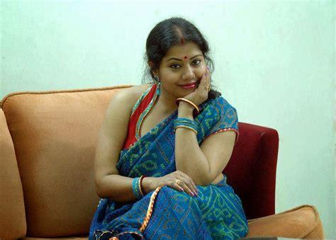 masala big aunti picture 1